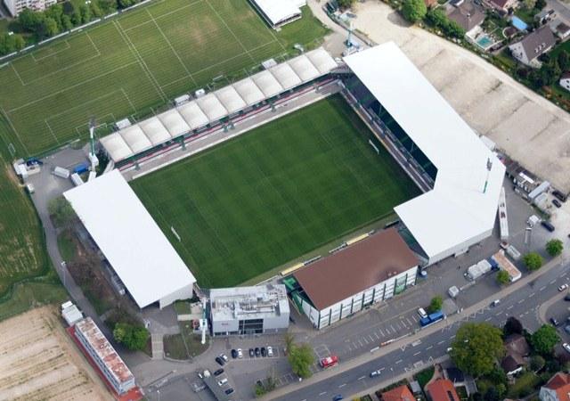 stadion-am-laubenweg