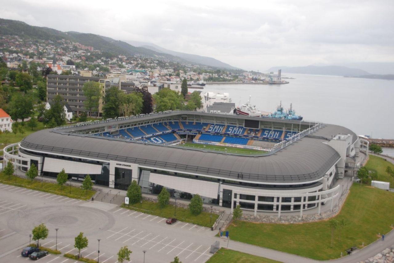 Акер Стадион