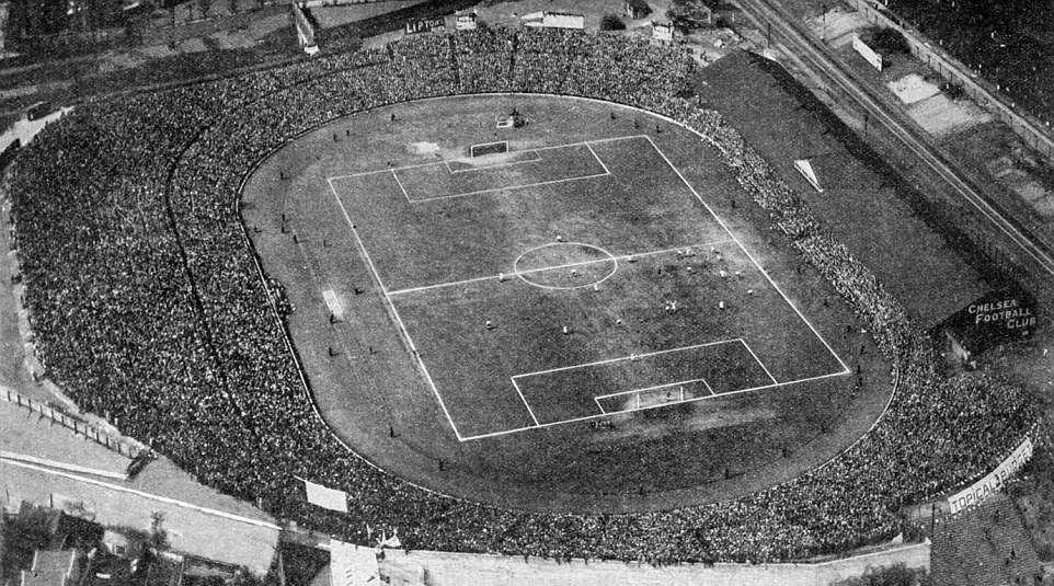 stamford-bridge-in-early-1930s